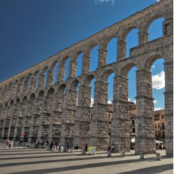 One Day Tour to Ávila and Segovia